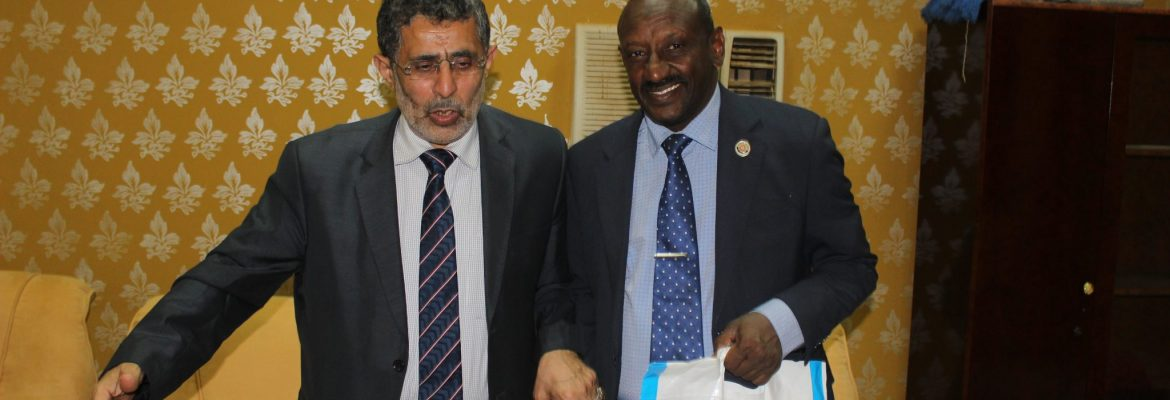 Prof. El-Sanousi Receives a Delegation From the University of Science and Technology, Yemeni